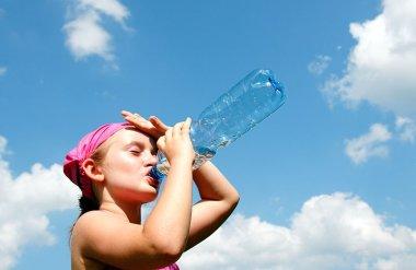 Mit csinálj hőségriadó idején!
